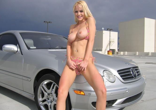 content/080515_hot_blonde_gets_naked_in_vegas_during_porn_awards_show/0.jpg