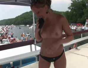 081611_wild_party_girls_on_the_lake